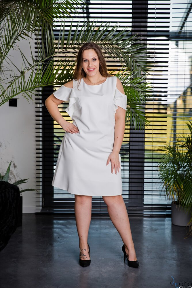 e0a3b63eeb Sukienka BARBIE Plus Size Ecru ✅ darmowy odbiór w punckie i zwrot ...