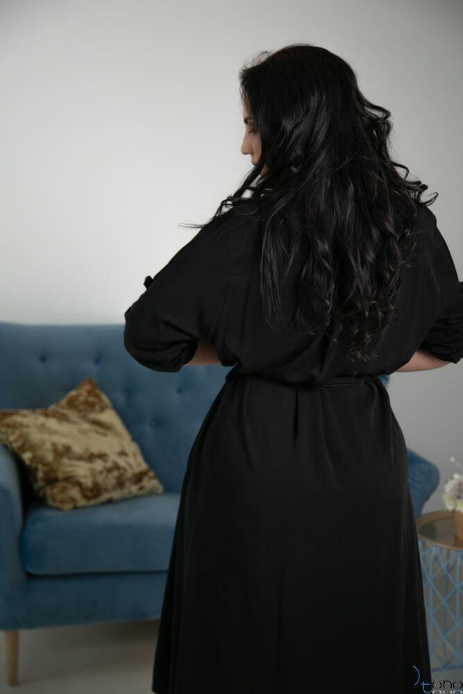 Czarna Sukienka RAMIRA Plus Size Szmizjerka