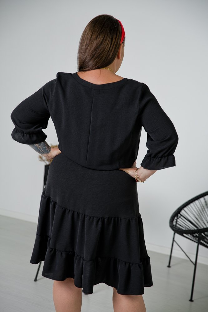 Czarna Sukienka ROZETKA Plus Size