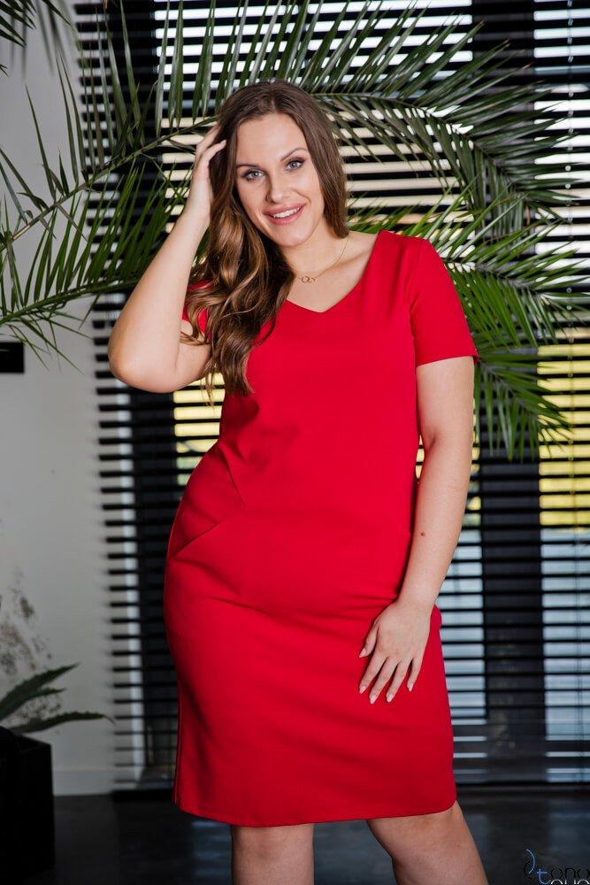 Czerwona Sukienka EJMY Plus Size