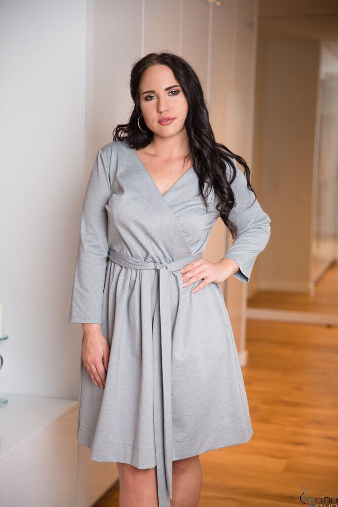 Szara Sukienka MAKAN Kopertowa Plus Size