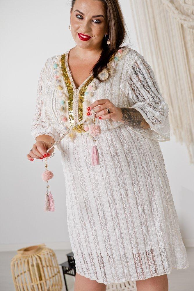 Biała Sukienka HOBO Plus Size