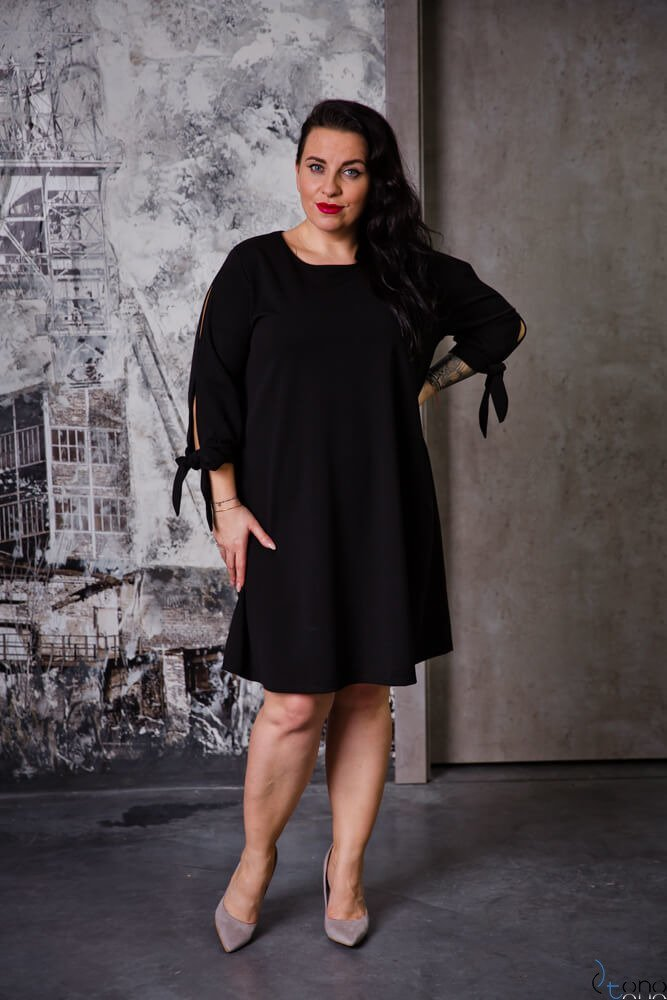 Czarna Sukienka MERCY Plus Size