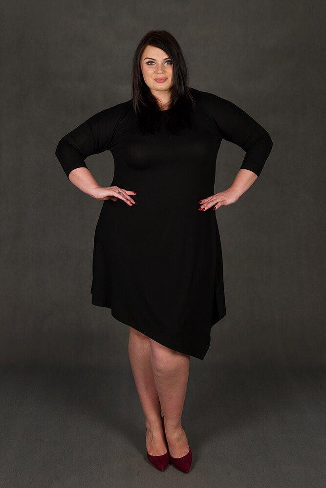 Czarna Sukienka Plus Size MELISSA Asymetryczna