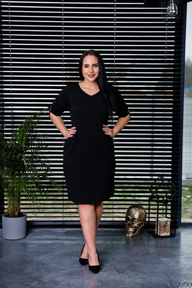 Czarna Sukienka TRILI Ołówkowa Plus Size