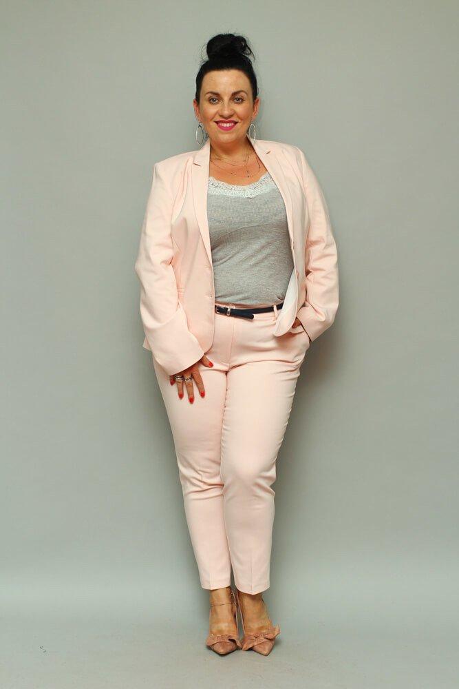 Różowy komplet Marynark + Spodnie ESTELA Plus Size